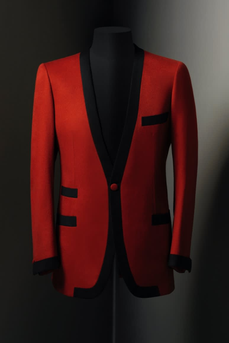 A Brioni dinner jacket in red and black wool, 1960s