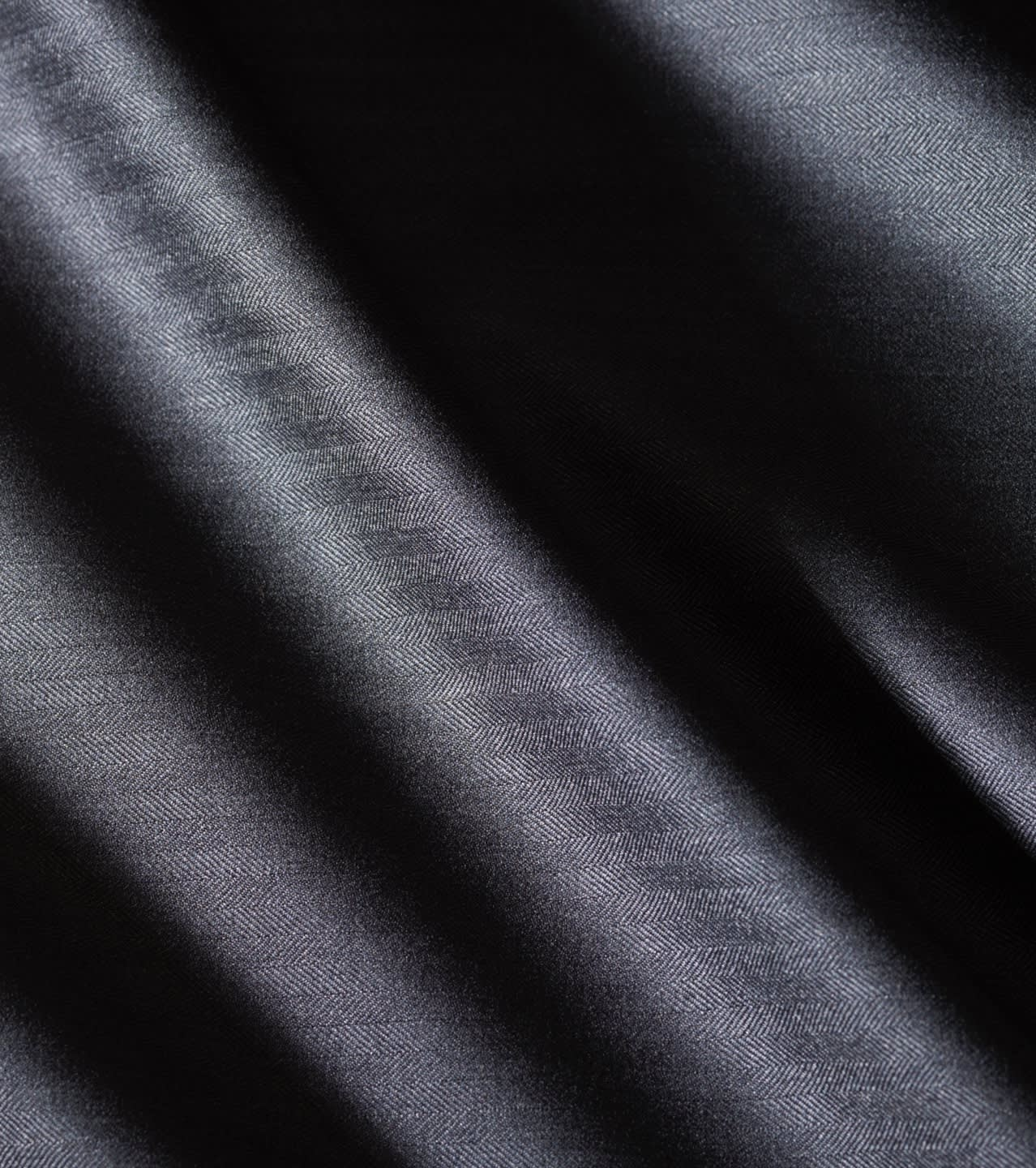 A dark blue cashmere fabric from the Brioni Bespoke selection