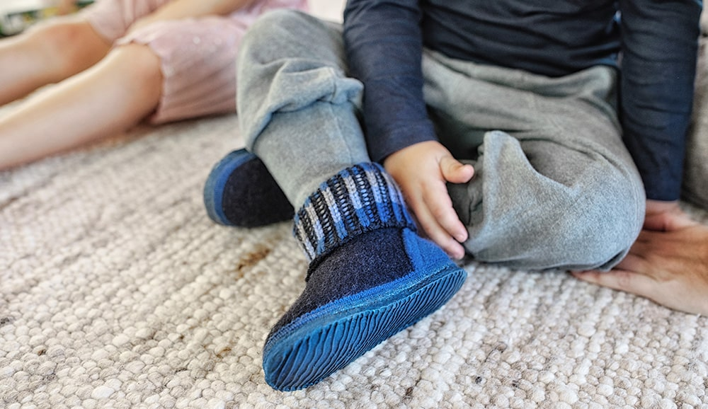 Children's slippers for kids with a high instep