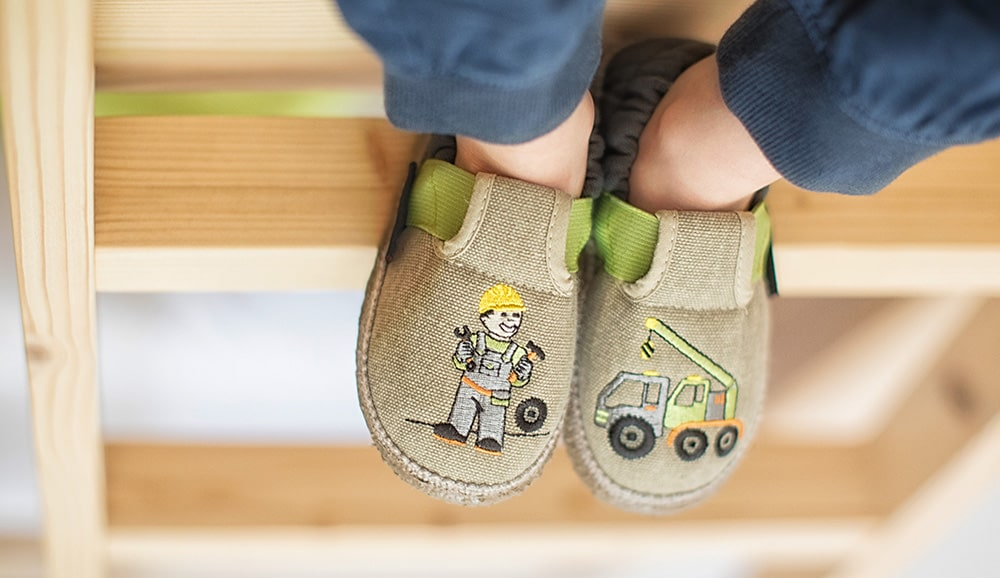 breathable slippers for kids for hot temperatures