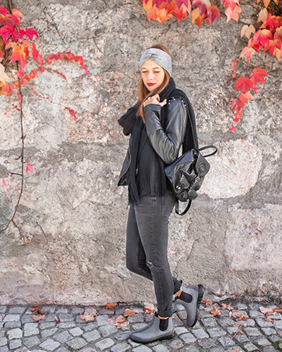 easy ways to dress chelsea boots and leather jacket