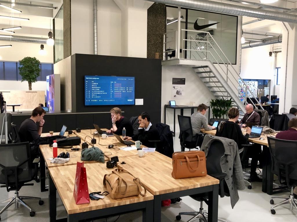 Mirabeau Kauwgomballenfabriek Amsterdam - meetingroom dashboard
