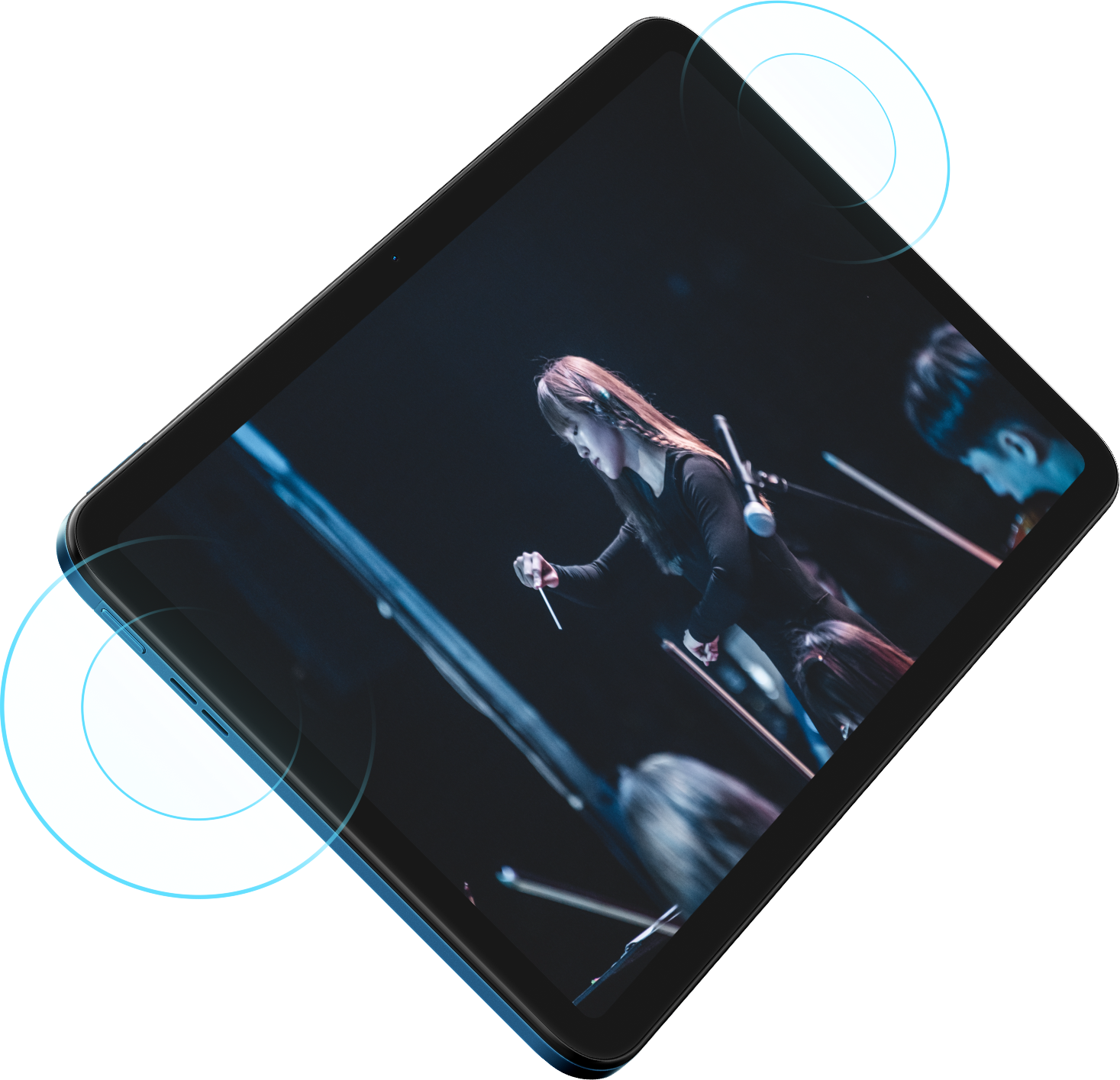 An image of a performer displayed on the Nokia T20 tablet with a visualisation of sound from the device speakers