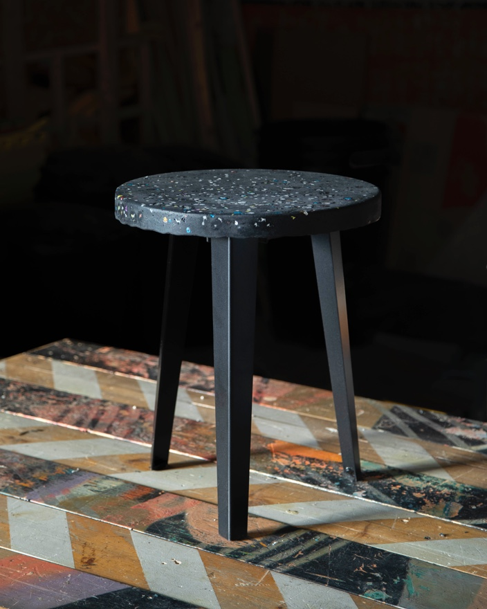 The FLOYD X THING THING Side Table in Galaxy.