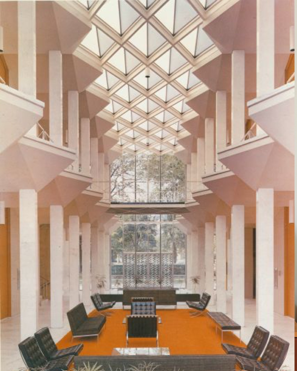 The interior of the conference center. Image via the Wayne State University Yamasaki Legacy.