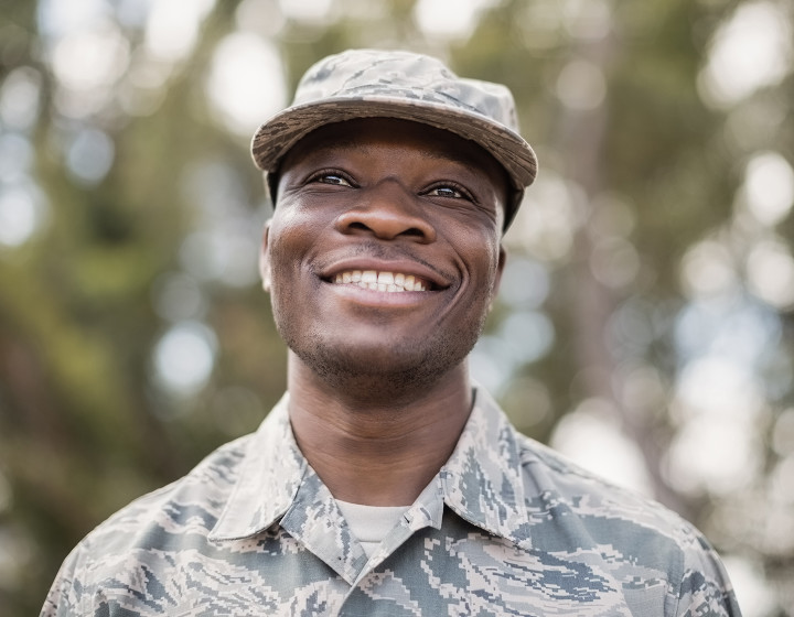happy-smiling-military-man-1440x1120.jpg