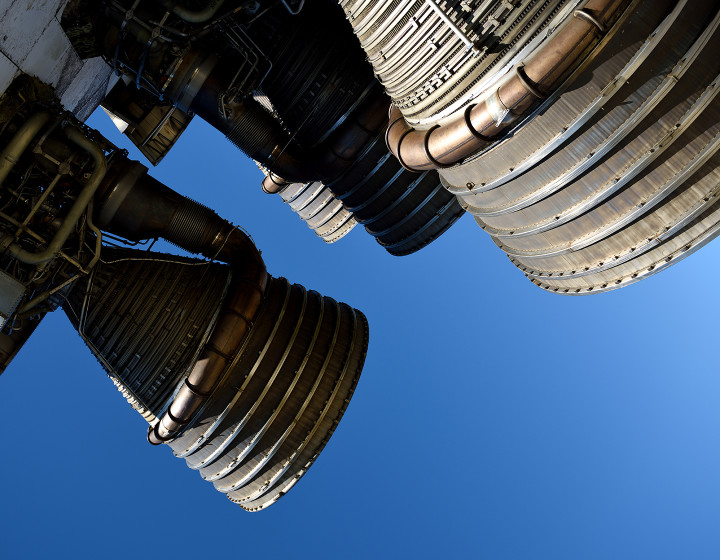 closeup-rocket-booster-engines-1440x1120.jpg