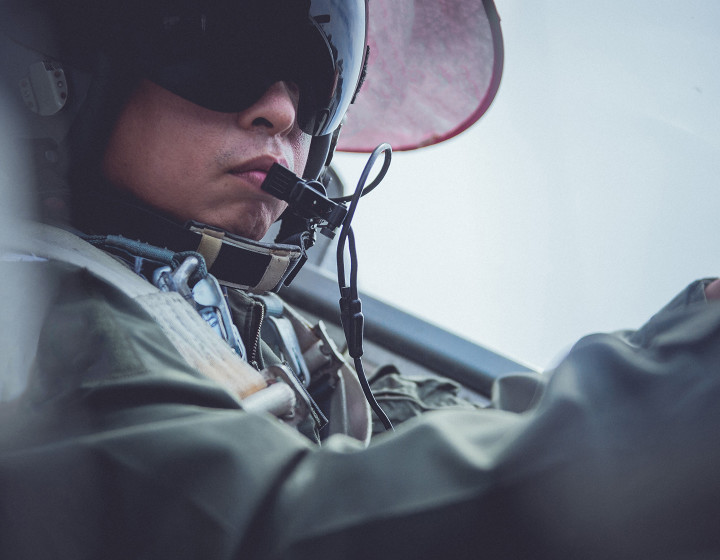 closeup-military-cockpit-pilot-1440x1120.jpg