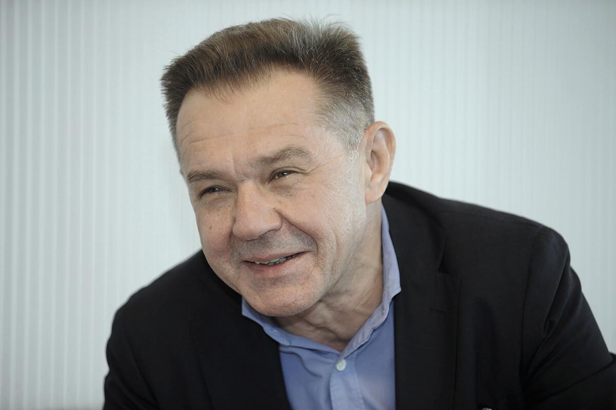 prof. Grzegorzem Dzidą z Katedry i Kliniki Chorób Wewnętrznych Uniwersytetu Medycznego w Lublinie