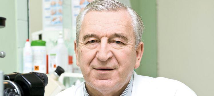 """prof. Jerzy Szaflik, szef Centrum Mikrochirurgii Oka """"Laser"""", założyciel Centrum Jaskry w Warszawie."""