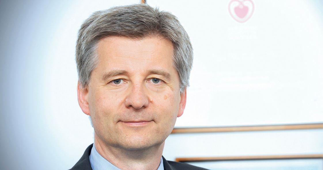 prof. dr hab. n. med. Piotr Pruszczyk, kier. Kliniki Chorób Wewnętrznych i Kardiologii Warszawskiego Uniwersytetu Medycznego.