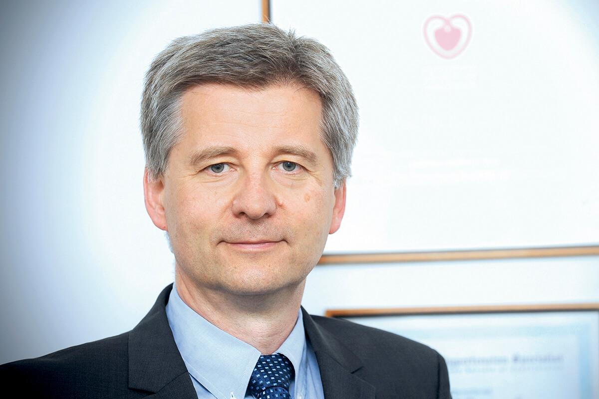 prof. Piotr Pruszczyk, kier. Kliniki Kardiologii i Chorób Wewnętrznych Warszawskiego Uniwersytetu Medycznego