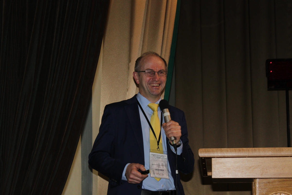 prof. Jerzy Konstantynowicz, kierownik Kliniki Pediatrii, Reumatologii, Immunologii i Chorób Metabolicznych Kości Uniwersytetu Medycznego w Białymstoku