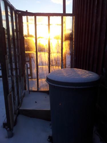 Vintriga solstrålar kan leta sig fram till även de lite mer undanskymda platserna.  Foto: Morgan Å Eriksson