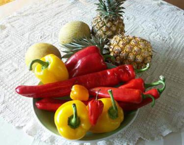 Chili och paprika är mycket dekorativa och roliga att odla.Foto: Sylvia Svensson