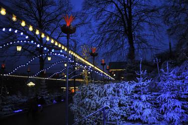 Snöklädda träd prydde Liseberg på invigningen. Foto: Bernt Svensson