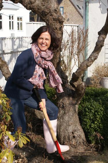 Efter nyår tar vi nya tag. Trädgård på internet är toppen för spaden kan sättas i jorden redan i januari. Häng med då!