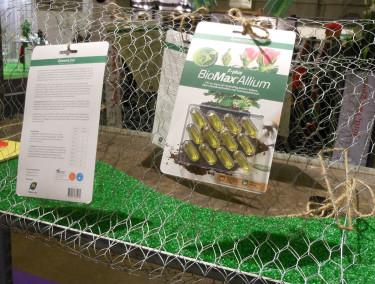 Miljöcenter, Biomax Allium-kapslar mot svampsjukdomar. Foto: Sylvia Svensson