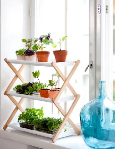Hopvikbar odlingshylla för fönsterbrädan. Foto: Hasselfors Garden