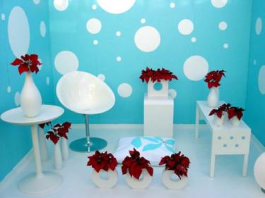 Tyget på kudden har designats speciellt för Blomsterfrämjandet av Maja Sjöberg, textilstuderande på Konstfack.