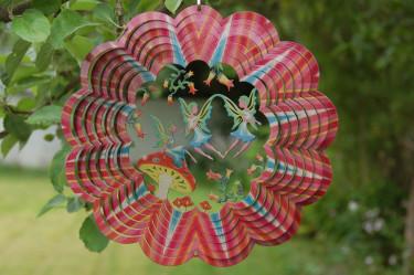 Sagoväsen som älvor kittlar fantasin. Låt älvorna bo i din trädgård eller i ditt uterum! Foto: [Odla.nuShop](http://erbjudande.odla.nu/vs/?utm_source=odla&utm_medium=webb&utm_campaign=shopspalt1)