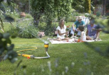 Använd Flexi Spray som vattenspridare.