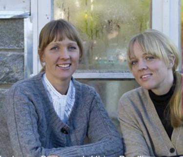 Kockarna Carina och Ulrika Brydling. Bild från Rosens Dags hemsida.