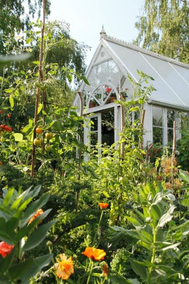 """Jag vill ha min köksträdgård """"strikt vild"""" - det här är lite mer än så!"""
