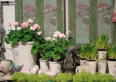 By Carima, www.bycarima.se, hade en vårligt inbjudande och romantisk monter.