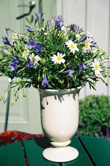 Midsommarbukett. Foto: Blomsterfrämjandet.