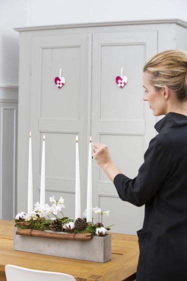 Adventsljusstakar kan varieras efter eget tycke och smak. Foto: Floradania