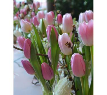 Tulpaner på bordet