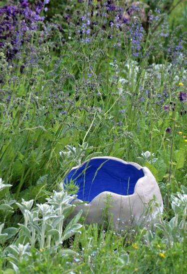 Ett projekt från boken - jätteägg med målad insida. Foto: Norstedts