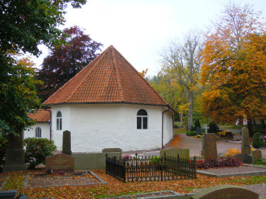 Höst på kyrkogården.Foto: Bernt Svensson