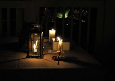Levande ljus är aldrig fel en sensommarkväll! Foto: Sylvia Svensson