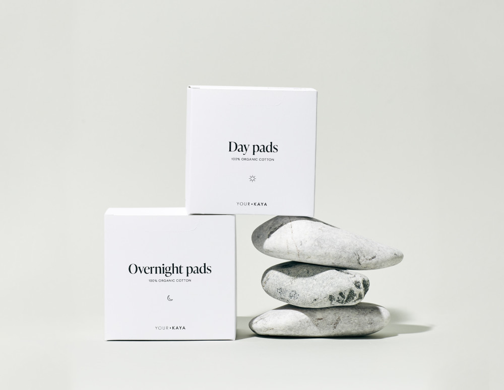Eco-friendly Your KAYA day and overnight pads in a composition with stones