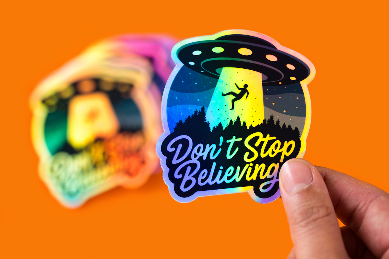 Glossy finish of holographic stickers