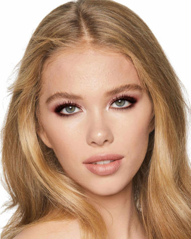 Charlotte Tilbury Luxury Palette Celestrial Eyes Model 5