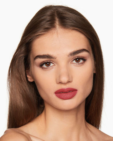 Charlotte Tilbury Hot Lips 2 Viva La Vergara Model 10