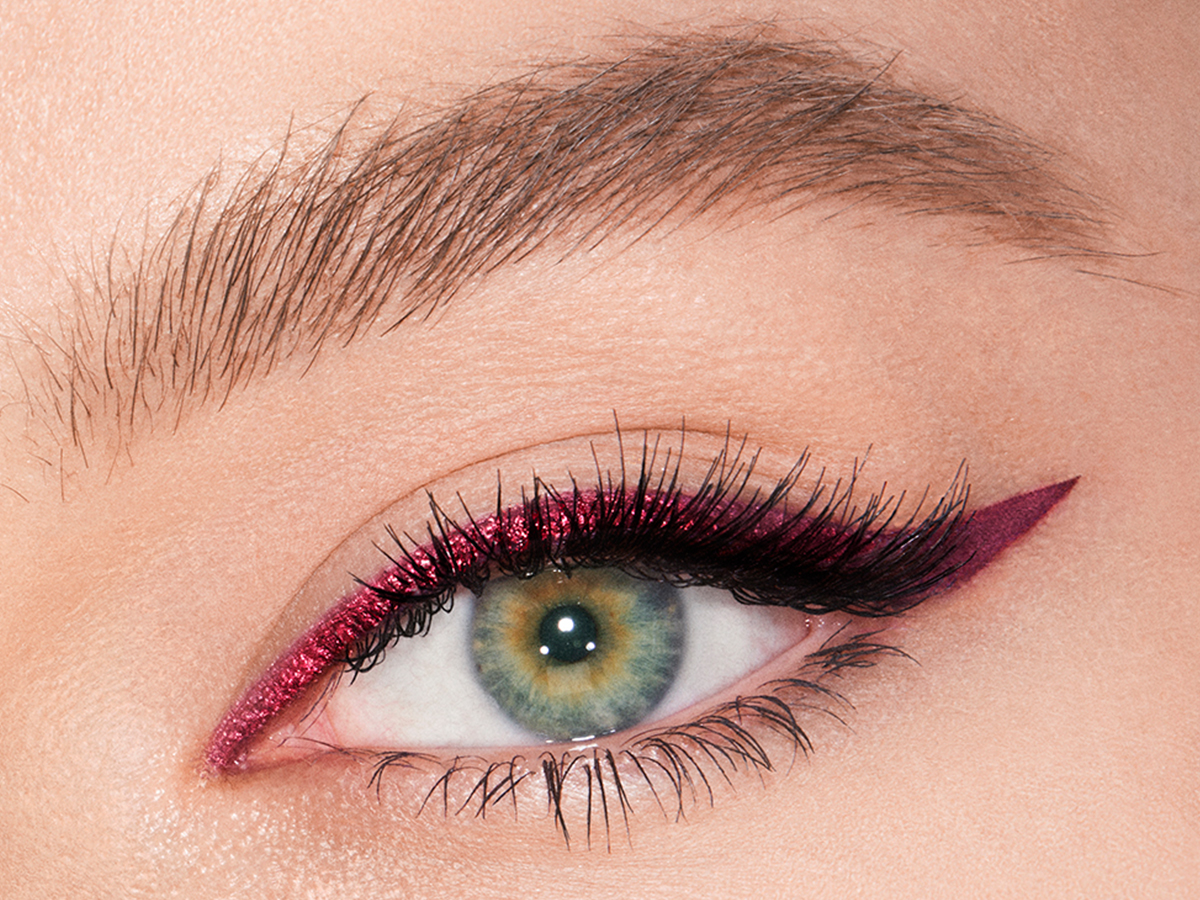 4x3 - mesmerising maroon liner model single eye crop