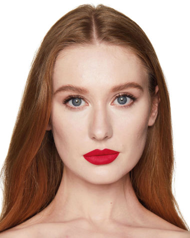 Charlotte Tilbury Hot Lips 2 Patsy Red Model 0