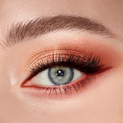 Luxury Palette Copper Charge Eyeshadow Model 1