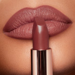 Matte Revolution Pillow Talk Medium Lipstick Lips Model 1