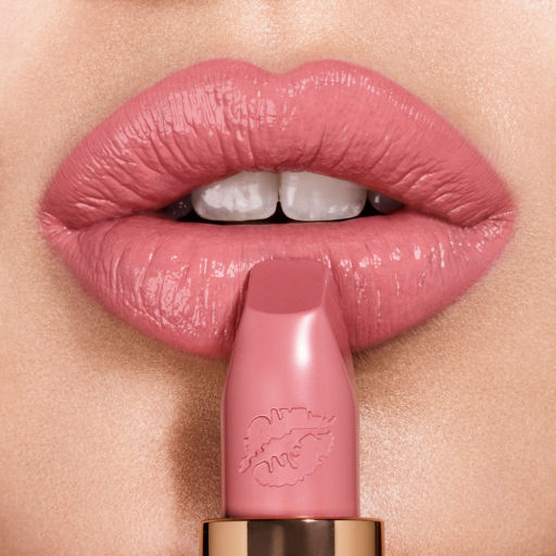 hot-lips-liv-it-up-lipshot