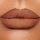 Lip Cheat Foxy Brown Model