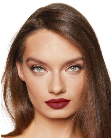 Charlotte Tilbury Matte Revolution Legendary Queen Lipstick Lips Model