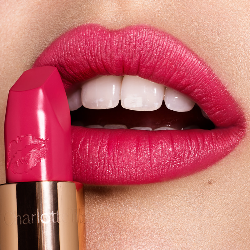 hot-lips-lipstick-electric-poppy