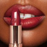 Hot Lips Viva La Vergara Model Deep