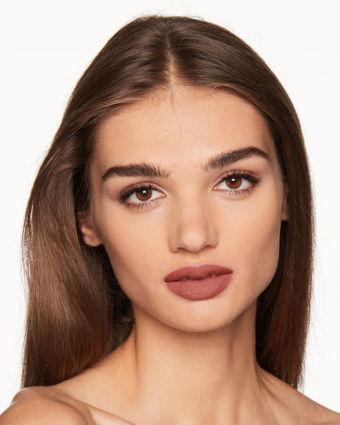 Charlotte Tilbury Super Model Matte Revolution Model 10