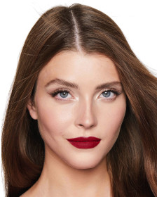 Charlotte Tilbury Matte Revolution Red Carpet Red Lipstick Lips Model